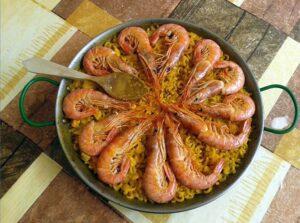 Fideuà valenciana ein besonderes Highlight der spanischen Küche